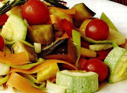 Salata_de_vara_cu_legume