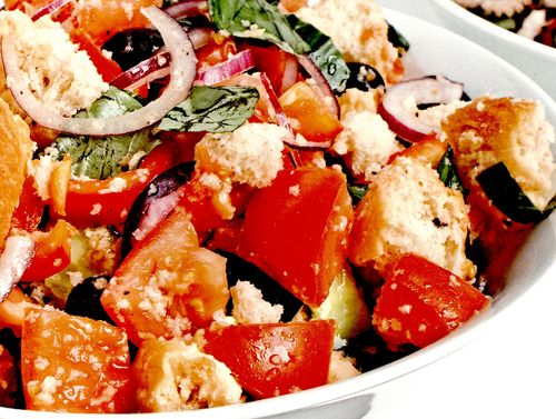 Salata_italieneasca_cu_crutoane