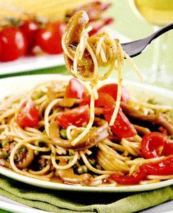 Spaghete_cu_mazare_si_calamar