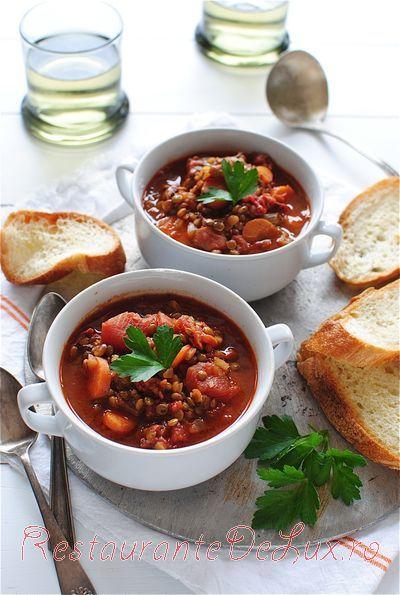 Supă de linte cu roşii