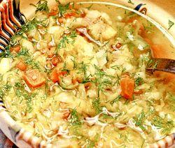 Supa de gulii, cu galbiori si galuste zdrentuite