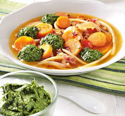 Supa_minestrone_cu_pesto_si_slaninuta