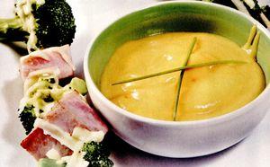 Frigarui_de_broccoli_cu_sunca_si_piure