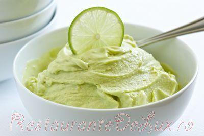 Inghetata cu nuca de cocos, avocado si limeta