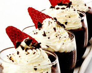 Mousse_de_ciocolata_si_capsune