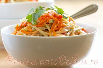 Noodles_cu_legume_si_sos_de_susan_05