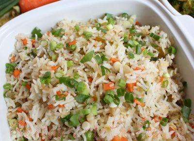 Orez basmati cu legume prajite in sos de soia
