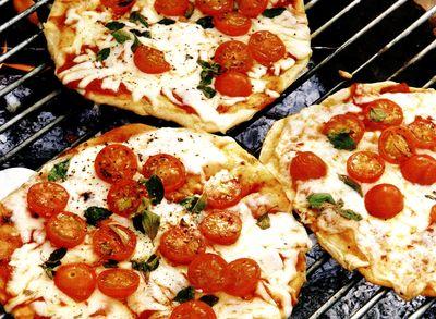 Pizza_la_gratar
