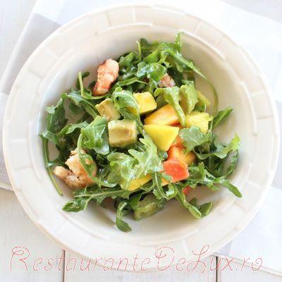 Salata_de_rucola_cu_avocado_si_creveti_la_gratar_05