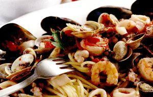 Spaghete_cu_calamar_scoici_si_creveti