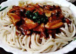Spaghete_cu_sos_de_ciuperci