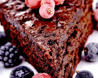 Tort de ciocolată cu fructe