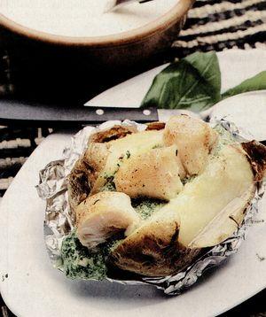 Cartofi_umpluti_cu_peste_si_sos.png