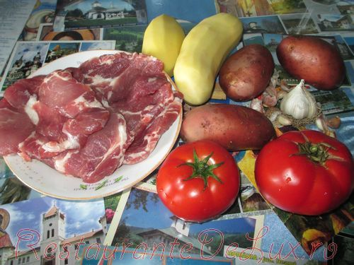Ceafa de porc la cuptor cu cartofi