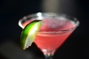 Cosmopolitan_Cocktail_1