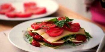 Cum_se_prepara_Lasagna_cu_legume_si_plante_aromatice