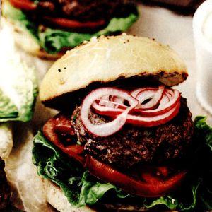 Hamburger de casa cu tarhon