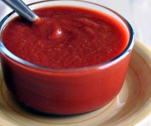 Ketchup cu usturoi
