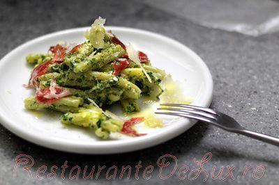 Salata_de_paste_cu_rucola_si_iaurt_09