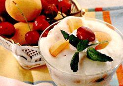 Sarlota_cu_fructe