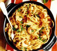 Spaghete_cu_fructe_de_mare_si_usturoi