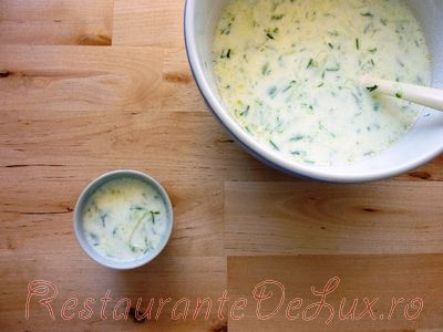 Cum se prepara Supa rece de castraveti