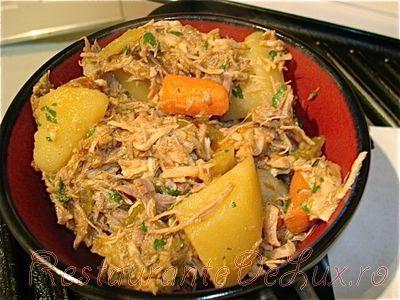 Tocanita de porc cu legume