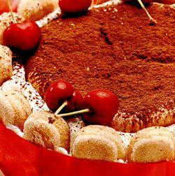 Tort_cu_mascarpone_si_fructe