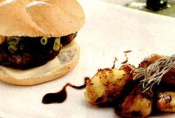 Burger_dietetic_cu_cartofi