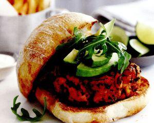 Burgeri_cu_carne_de_porc_si_chorizo
