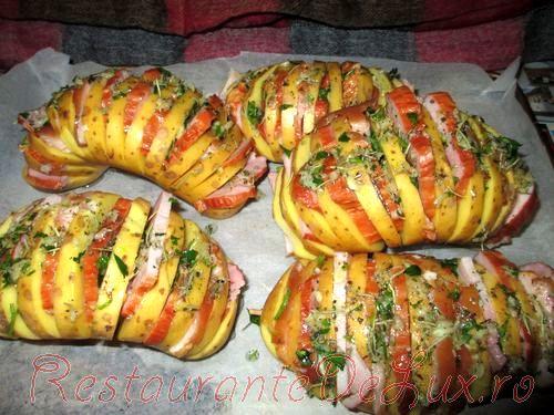 Cartofi acordeon la cuptor