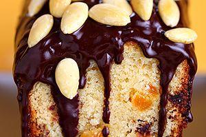 Chec_cu_ciocolata_fructe_uscate_si_alune