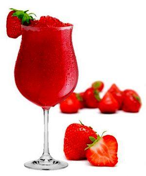 Cocktail_de_capsuni_cu_rom