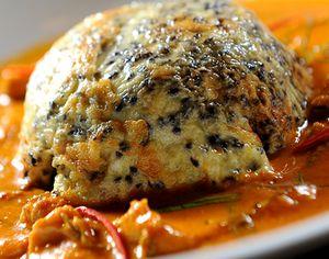 Omleta_cu_ardei_gras_si_sos_de_curry