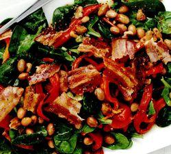 Salata_cu_bacon_si_fasole