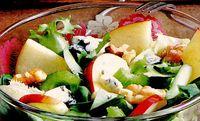 Salata_cu_branza_gorgonzola_si_mere