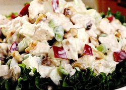 Salata_cu_piept_de_pui_si_legume