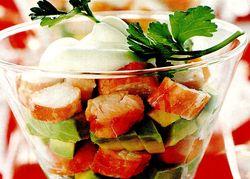 Salata_cu_surimi_si_avocado