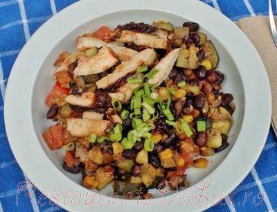 Salata_de_legume_calde_cu_carne_de_pui_la_gratar_10