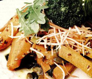 Salata_de_morcovi_si_broccoli