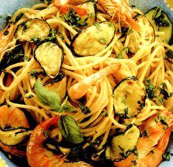 Spaghete_cu_creveti_si_dovlecei