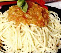 Spaghete_cu_salsa_de_legume