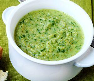 Supa_de_broccoli_cu_smantana_si_frunze_de_rucola