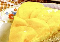 Tarta_delicioasa_cu_piersici