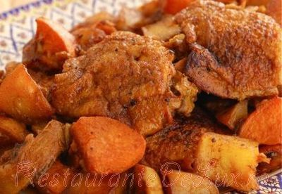 Tocanita de pui cu cartofi