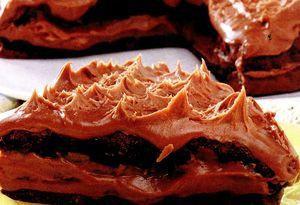 Prajitura cu morcovi si glazura de ciocolata