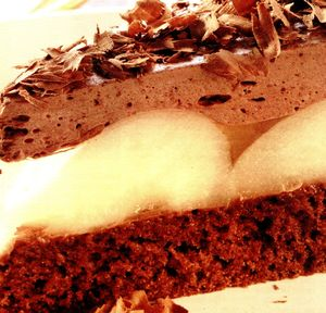 Prajitura cu pere si ciocolata amaruie