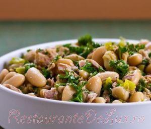 Salata picanta de fasole cu ton