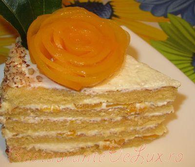 Tort_cu_crema_de_smantana_si_piersici_15