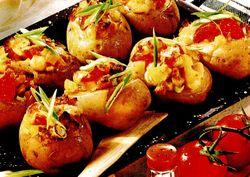 Cartofi_umpluti_cu_brânza_gouda